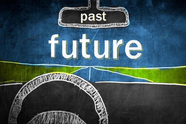 Minulost leží za námi, budoucnost před námi. A my si vybereme to, co je pro nás důležitější.